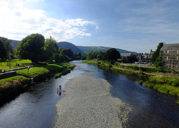 View from half way along the bridge .