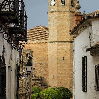 Iglesia de San Mateo templo renacentista inspirado en la arquitectura de Andrés de Vandelvira. V