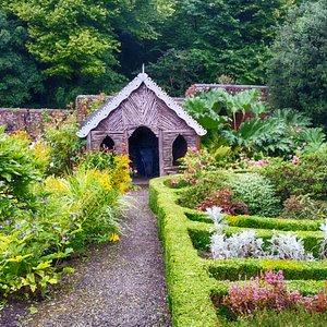 Beaulieu walled gardens