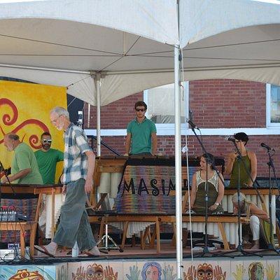 Live music at Duncan Market