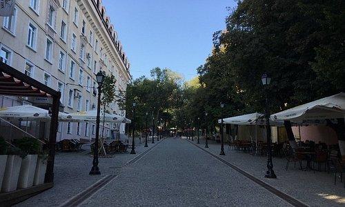 坂の下から見たPedestrian Street