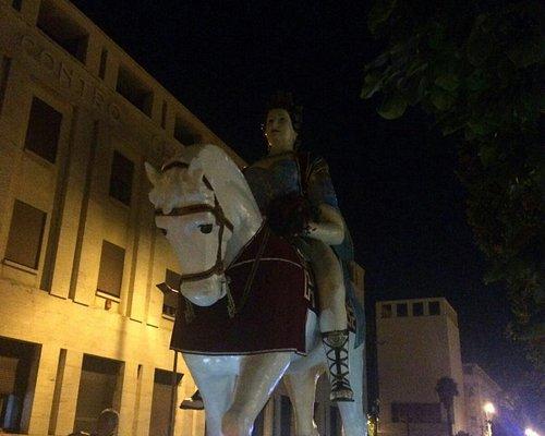 """I giganti, Mata e Grifone, a """"""""passeggio"""""""" per le vie di Messina"""