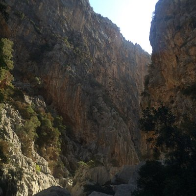 300 metre cliffs