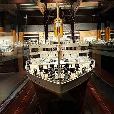 Bow of the beautiful scale model of Titanic.
