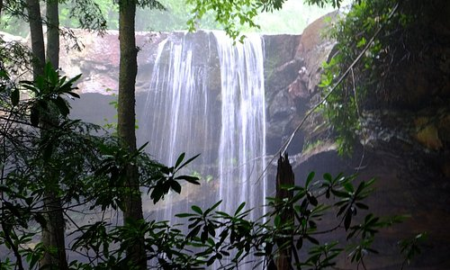 Cucumber Falls, just a few miles from the inn