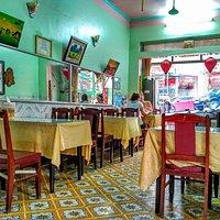 Asia restaurant quang vinh  Ha long bay  24 vuon dao street  Quang ninh province