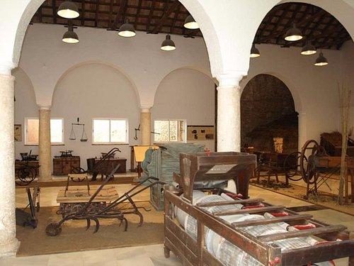 Vista parcial de una de las salas del museo etnográfico