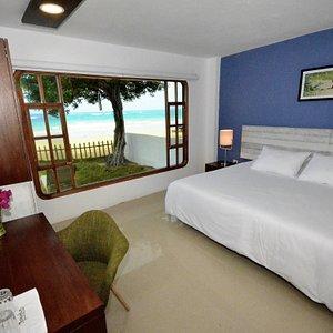 Superior Ocean Front Room at Casita de la Playa