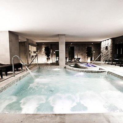 Island SPA: piscina e idromassaggio