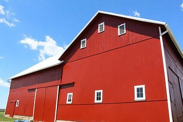 Big Red Barn - location landmark