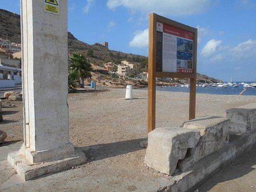 Muelle de La Azohia