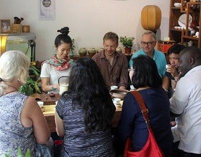 Tea class at Wan Ling Tea House Shanghai