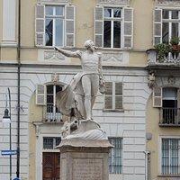 Monumentoa Guglielmo Pepe