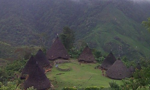 dear all traveller who want to visit wae rebo:-) if you don't mind let me organize your trip