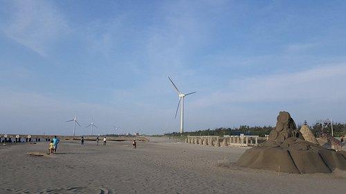 沙灘綿延數公里