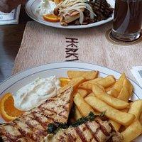 Lachs & Hähnchen mit Spinat und Feta