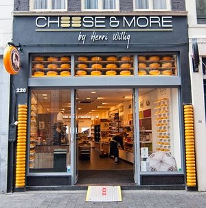 Cheese & More by Henri Willig close to dam square.