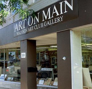 Front facade of Art On Main in Madison, In