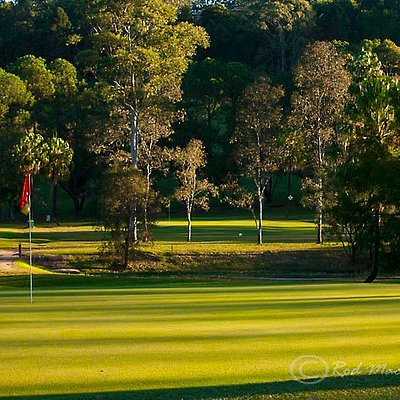 Picturesque course - #17 green
