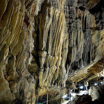 Formaciones geológicas de la Cueva de las Güixas