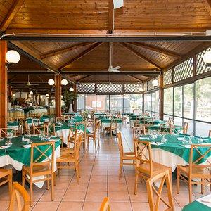 Ristorante at the Villaggio Club Baia degli Achei - TH Resorts