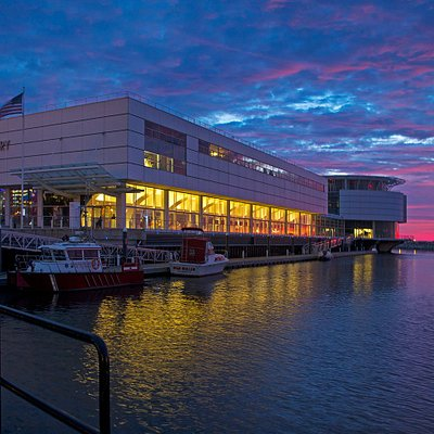 Sunset at Discovery World