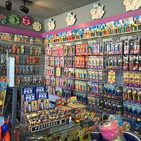 little gem for PEZ collectors, toy collectors, children and children at heart!