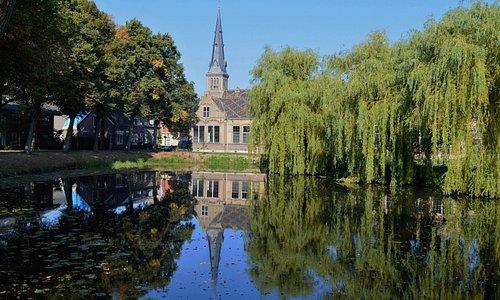 Church and small lake at Oudewater