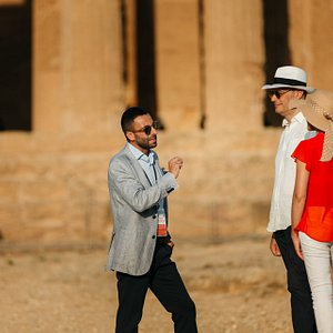 Lorenzo Capraro is your private guide for a luxury tour of the Valley of the Temples!