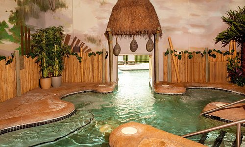 Relax with giant whirlpools as the stresses of your day melt away.