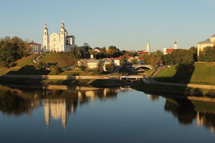 Великолепный Собор на берегу Западной Двины в г.Витебск