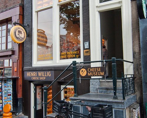 In Henri Willigs Cheese museum you can learn all about the traditional way to make cheese.