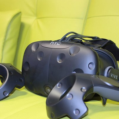 HTC Vive allows you to experience full room-scale VR