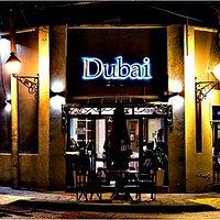 Dubai: encontranos en la esquina de Leguizamon y Pueyrredon con la mas variada y exquisita comid