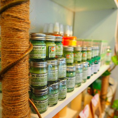 We sell a small selection of authentic high quality Thai massage oils and beauty products.