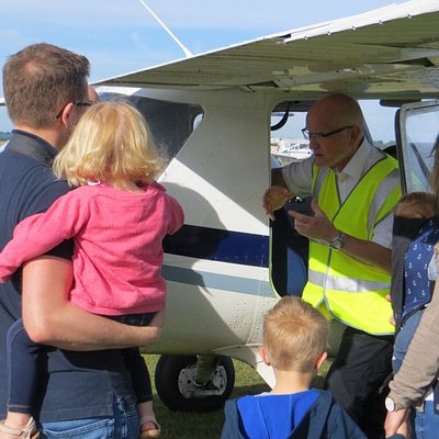 Family were allowed to look around the plane and made to feel part of the experience.