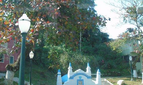 fonte onde D. Pedro II bebeu água, na época cristalina...