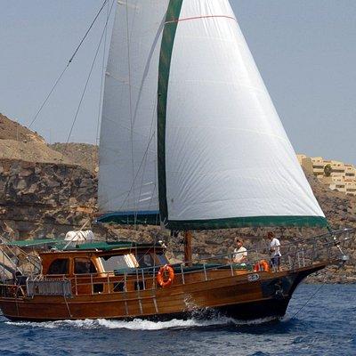 the boat of Goleta Paradise