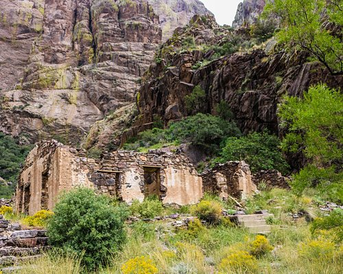 Ruins of the Van Patten Camp at Dripping Springs
