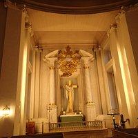 Kościół Świętej Trójcy - ołtarz