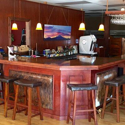 The main bar...