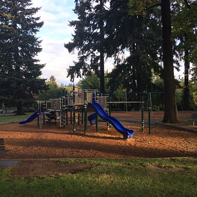 Neighborhood wooded park with free dog area, Beverly Cleary statues, pool, fountain & nice playg