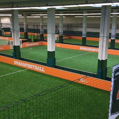 Terrains de foot indoor à UrbanSoccer Nanterre-La Défense