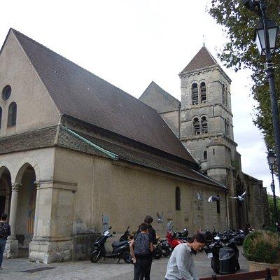 L'église vue de côté