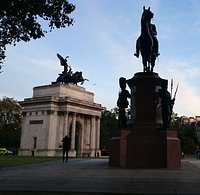 Almost evening at Hyde Park Corner and the Wellington Statue