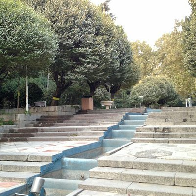 Park Niavaran