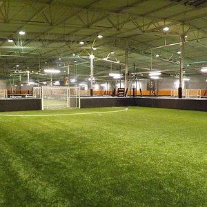 Terrain de foot à 5 indoor à UrbanSoccer Bordeaux-Pessac