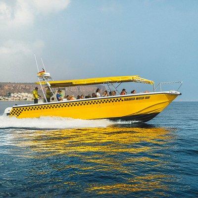 De camino a Isla Tabarca con el barco taxi