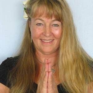 Dr. Marya Mann is a Wellness Artist, Writer and Activist who teaches Evolutionary Yoga in Hawaii
