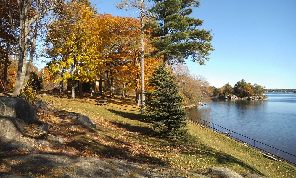 St. Lawrence Park, west of Brockville,Ontario